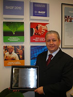 Donizete Aparecido Chagas, Automotive Coatings Sales Manager and the GM Supplier Award